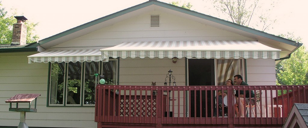 Retractable Deck U0026 Patio Awnings From Rapid Garage Door U0026 Awning In Grand  Rapids, MN.