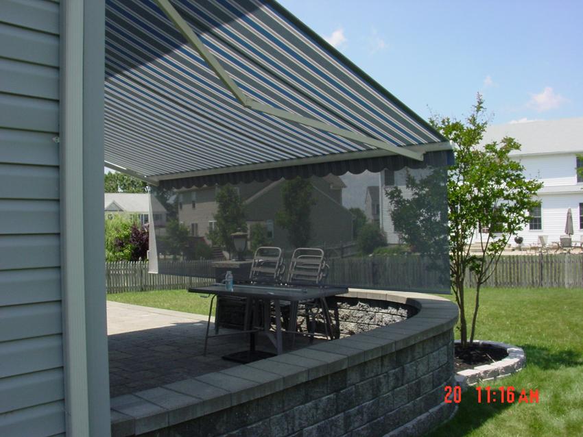 Retractable Deck Amp Patio Awnings Garage Door Service